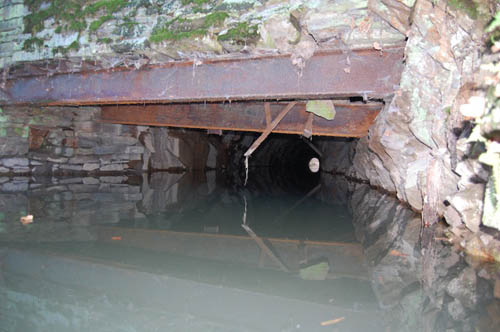 Bruchsteinwand Sanieren bergmännische wasserwege churprinzer bergwerkskanal